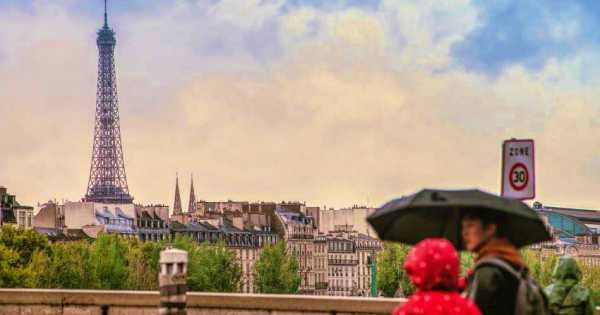 Private Guided City Tour, Eiffel Tower Lunch with Priority Access and Seine Cruise