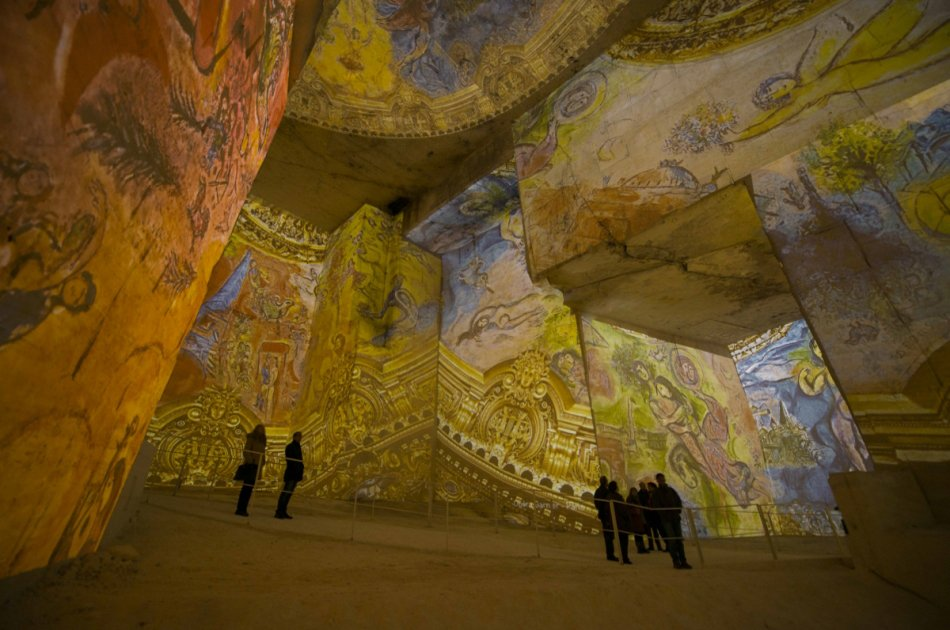 Walk in the Steps of Van Gogh on a Private Tour From Avignon