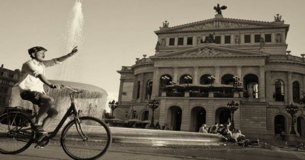 "Discover Frankfurt by Bike ""Frankfurt Highlights Bike Tour"""