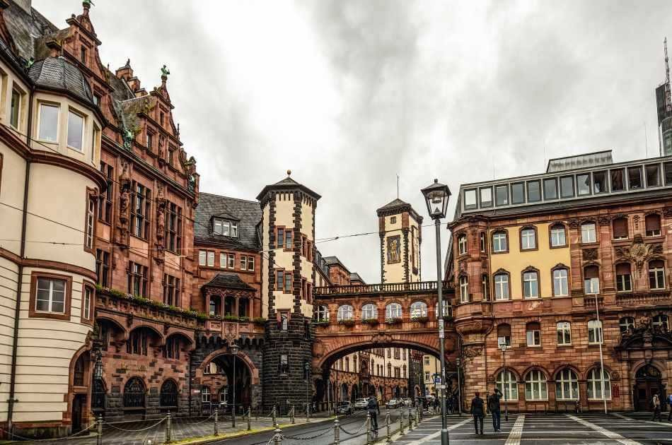 Guided Frankfurt City Private Walking Tour