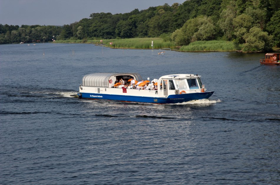 This is the CHEF Talking!  Cruise with dinner on Berlin's River Spree