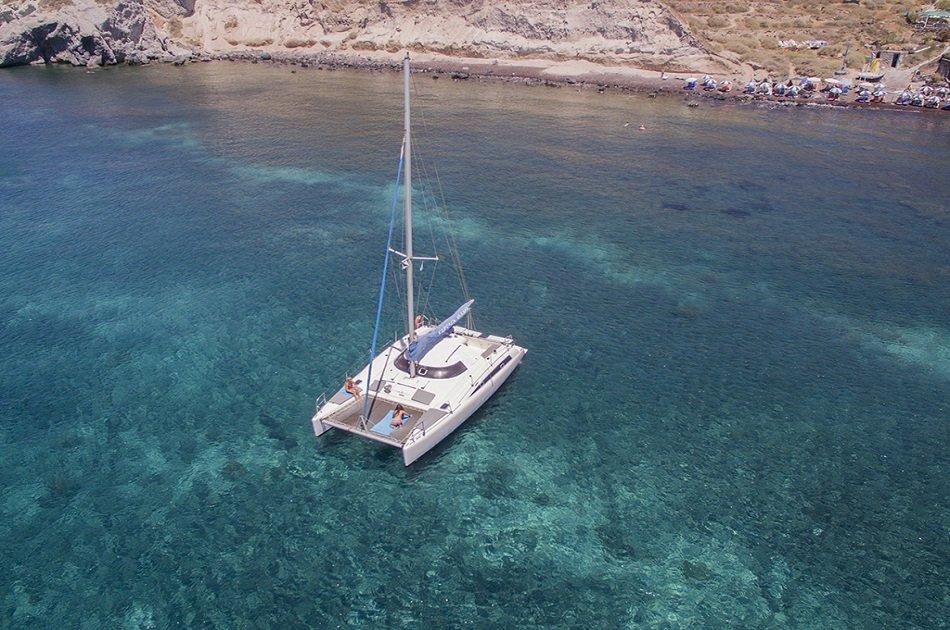 5 Hours Semi-private Day/Sunset Catamaran Cruise in Santorini
