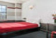 Premium Crash Pad Private Room and En Suite Bath