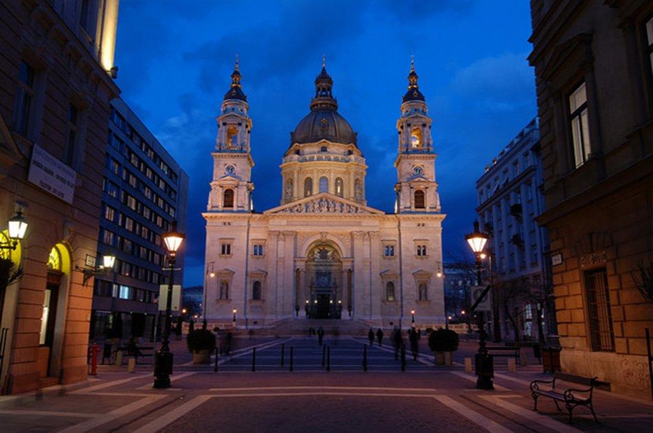 Organ Concert Plus Dinner & Cruise in Budapest