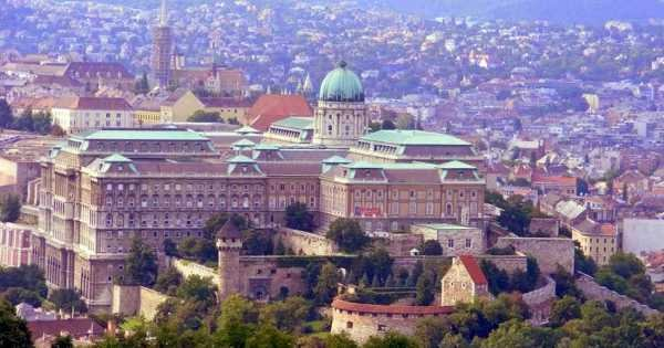Private In Depth 7 Hour Budapest City Tour