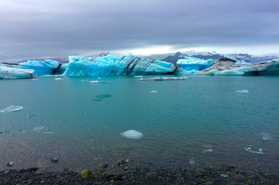 Jökulsárlón -The glacier lagoon