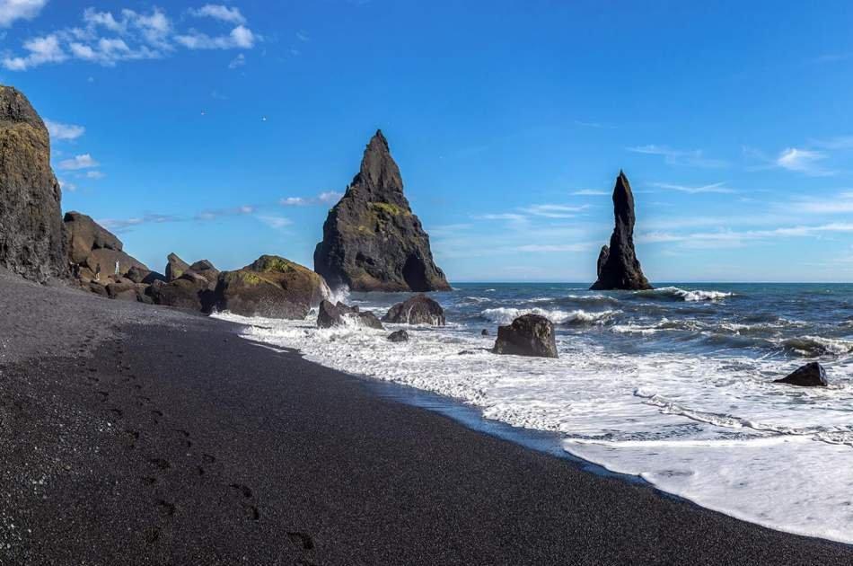 South Iceland & Black Sand Beach Private Tour
