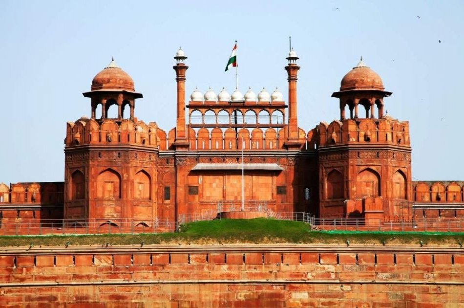 1 Day Delhi and 1 Day Agra with Taj Mahal Sunrise Private Tour