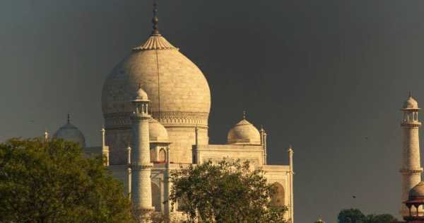 2 Day Private Guided Taj Mahal Tour By Flight From Mumbai