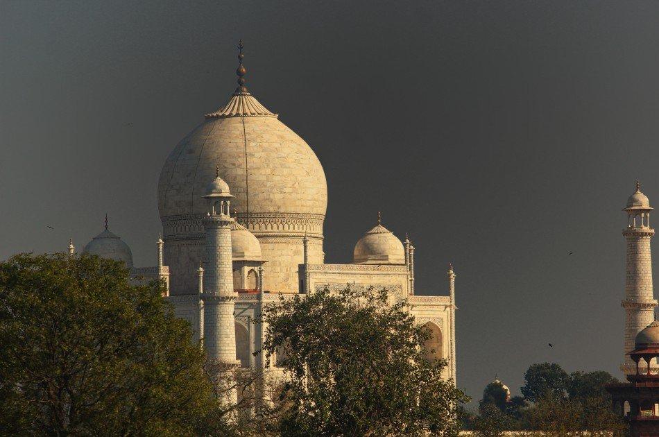 2 Day Private Guided Taj Mahal Tour By Flight From Mumbai
