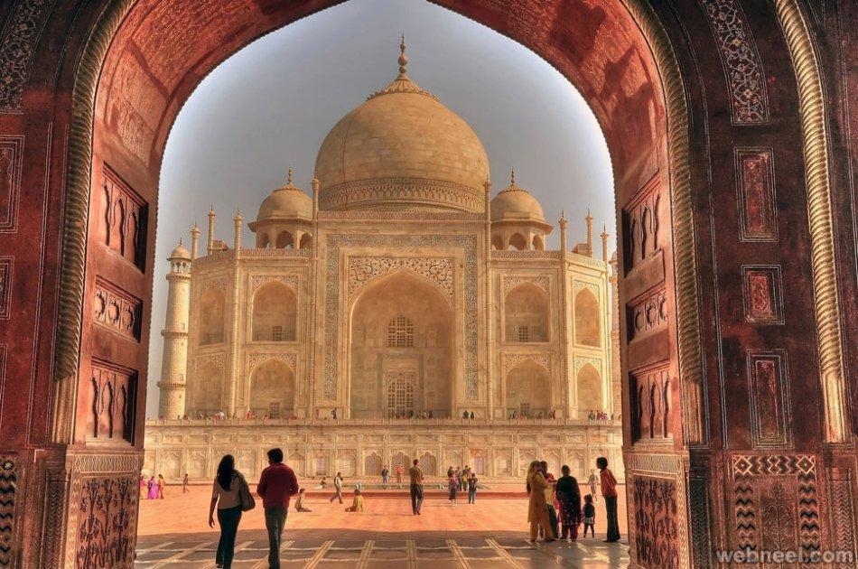 2 Days Taj Mahal, Elephant and Bear Rescue Centre Private Tour From Delhi