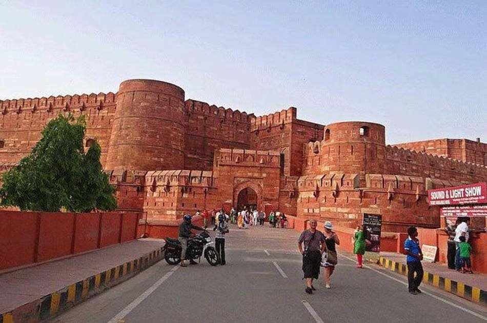Agra Private Sightseeing Tour with Fatehpur Sikri
