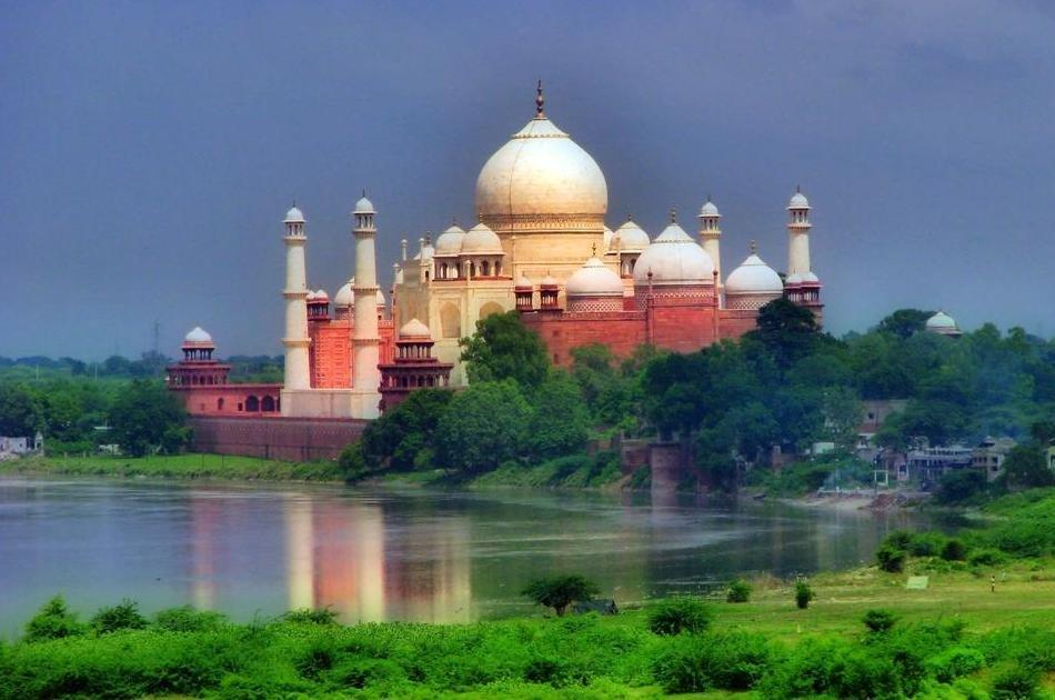 Agra, Taj Mahal with Fatehpur Sikri Day Trip from Delhi