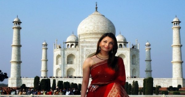 Cheap and Best Taj Mahal Sunrise Tour by Car From Delhi to Delhi