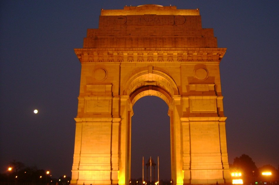 Evening Tour of Delhi with Private Vehicle