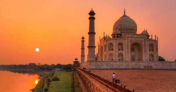 Exclusive Taj Mahal Tour by Train - Gatimaan Express From Delhi