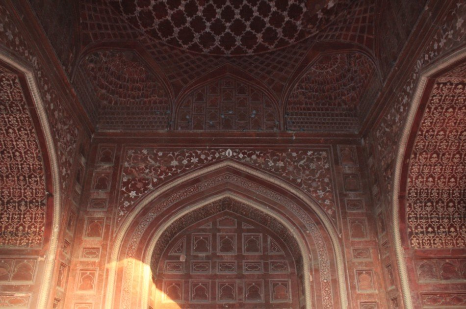 From Delhi Taj Mahal and Agra Fort Private Tour By India's fastest Train