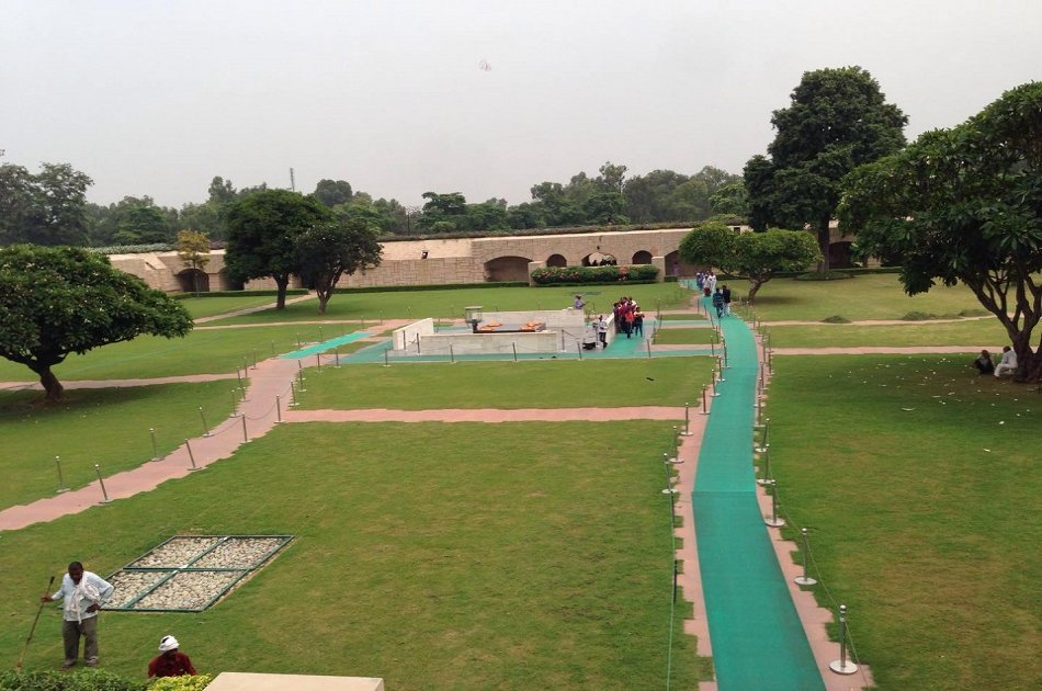Full Day  Private City Tour Including Old and New Delhi