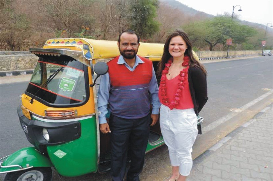 Full Day Sightseeing Tour in Agra with Tuk Tuk