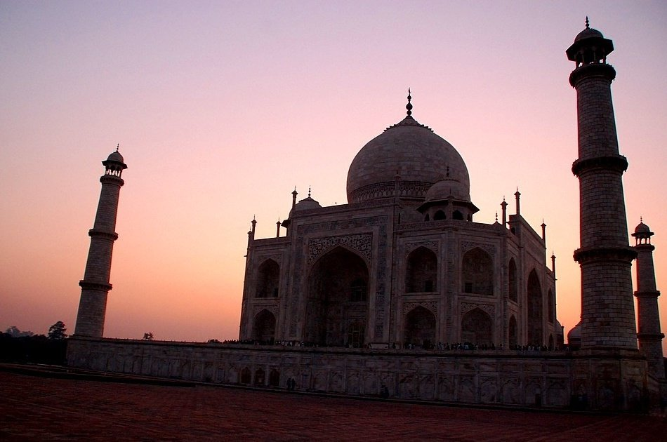 Full Day Taj Mahal and Agra Fort Tour from Agra