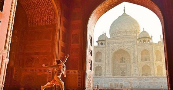 Full Day Taj Mahal Tour in Agra