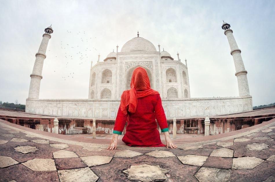 Magnificent Taj Mahal One Day Private Tour from Delhi