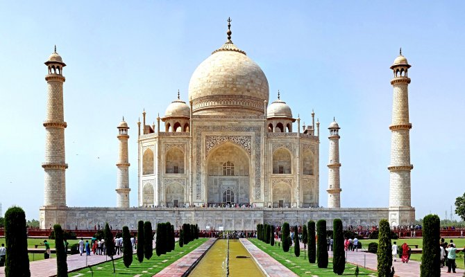 Visit Taj Mahal: Guided Private Day tour from Delhi to Agra