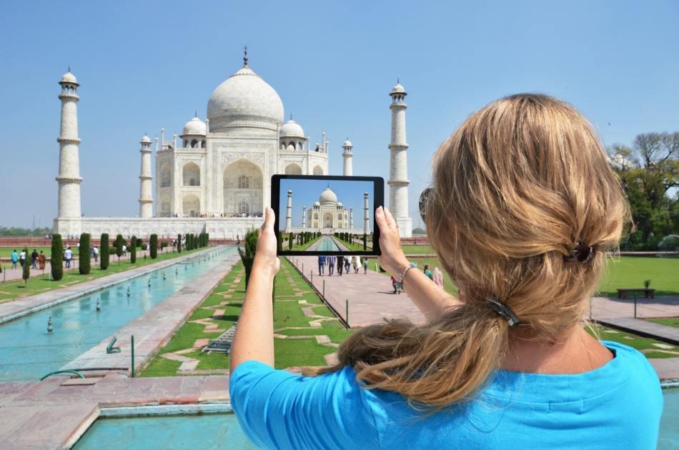 Private Full-Day Taj Mahal Sunrise & Agra Tour