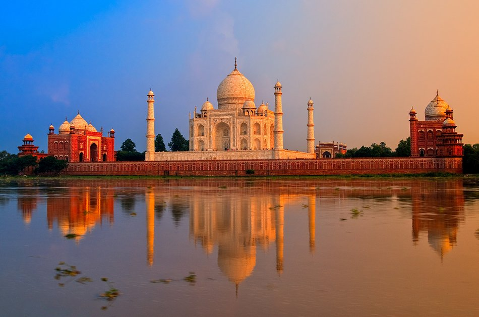 Private Full Day Tour of Taj Mahal and Agra from New Delhi