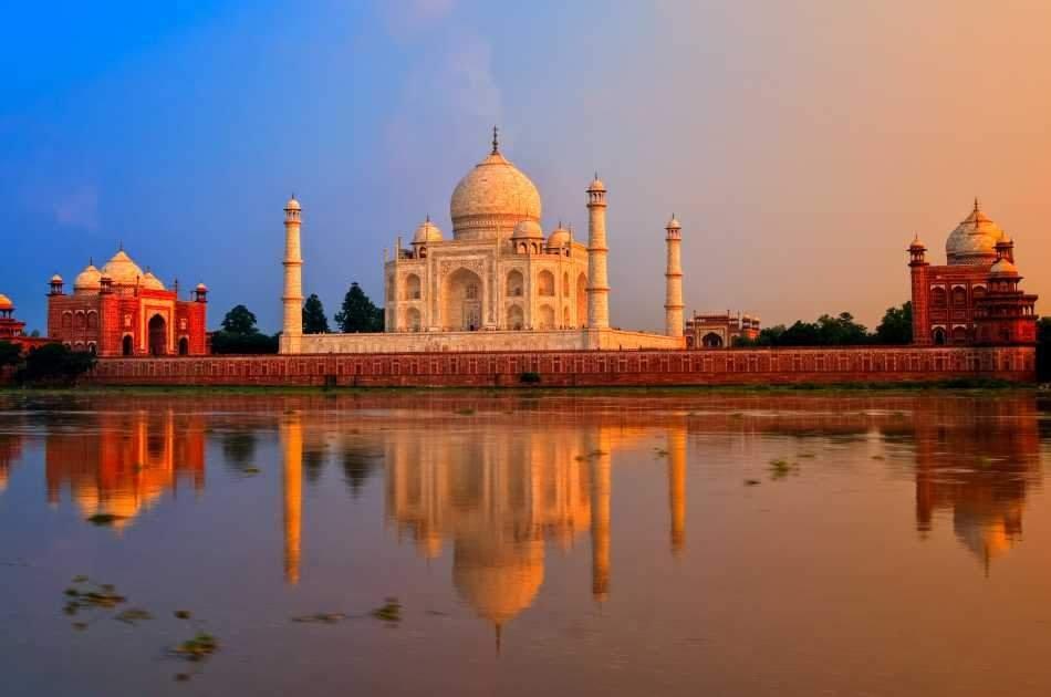 Private Sunrise Taj Mahal Tour From Delhi