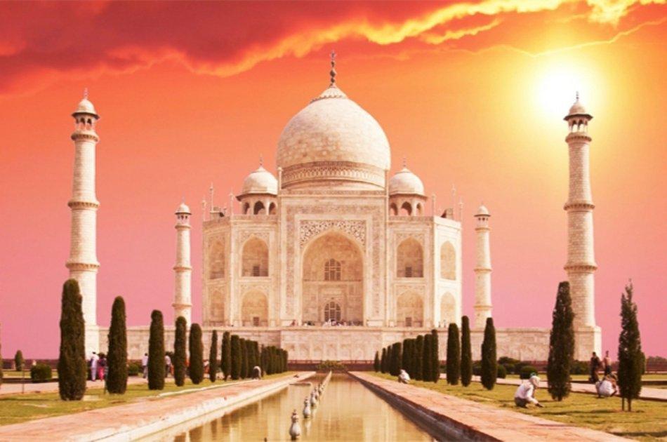 Private Sunrise tour of Taj Mahal and Agra fort
