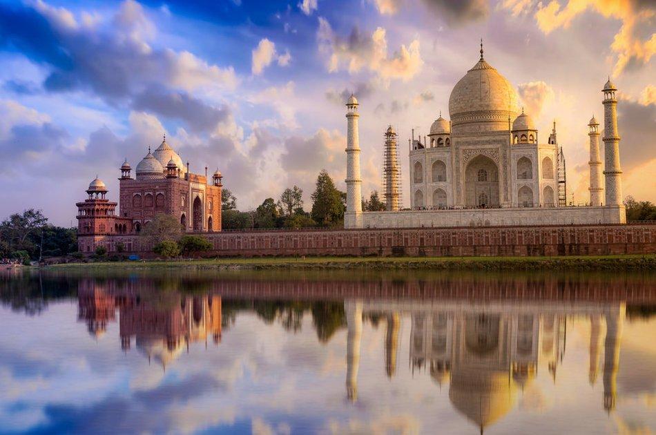 Private Taj Mahal Day Trip By Car from Delhi