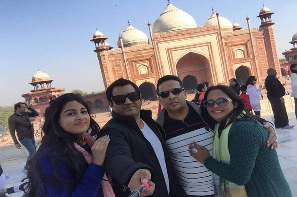 Private Tour: Sunrise Taj Mahal and Agra Fort Including Breakfast and Entrance fees