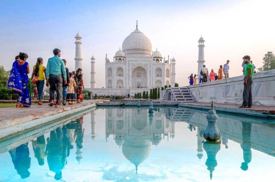 Same Day Agra Tour By Gatiman Express
