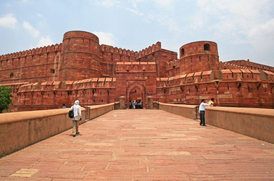 Same Day Taj Mahal and Agra Fort Private Tour from Delhi