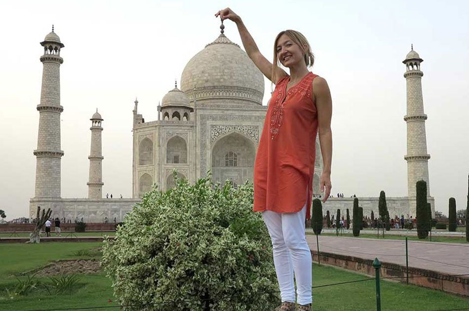 Same Day Taj Mahal Private Tour From Delhi