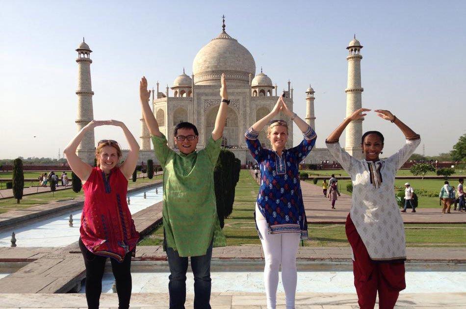 Same Day Taj Mahal Tour by Car From Delhi