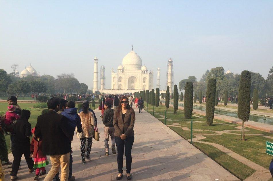 Same Day Taj Mahal Tour From Delhi by Car