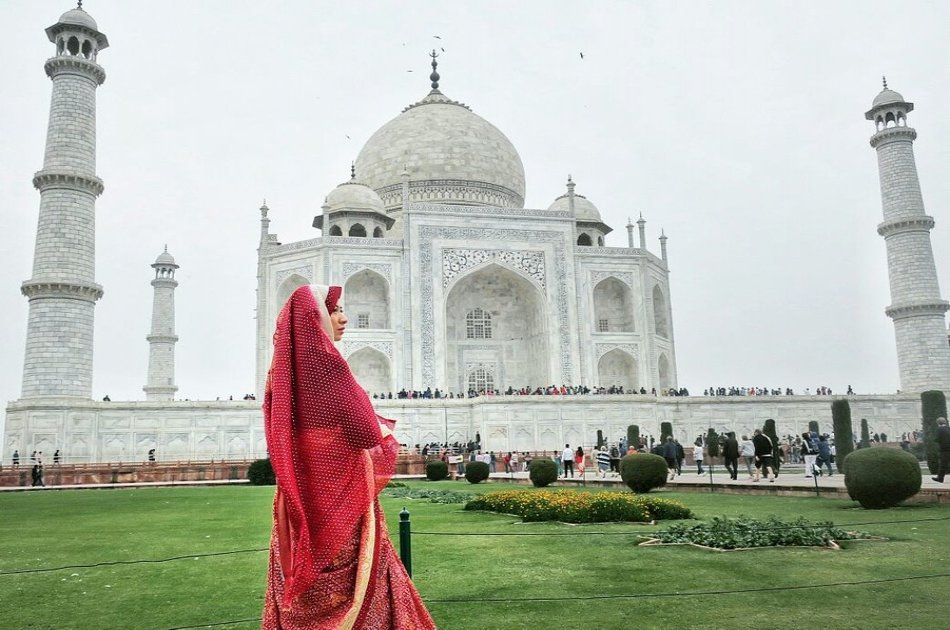 Sunrise Private Tour of Tajmahal (Delhi Agra Same Day by Car)