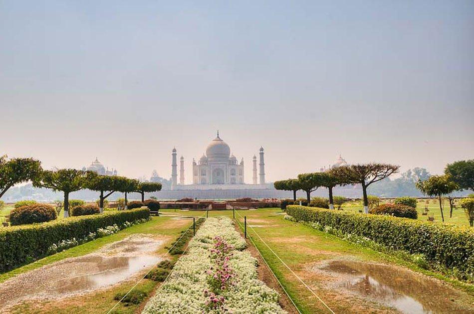 Sunrise Taj Mahal Private Tour From Delhi