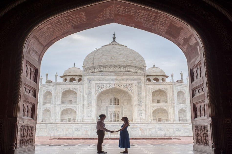 Sunrise Taj Mahal Tour by Private Car