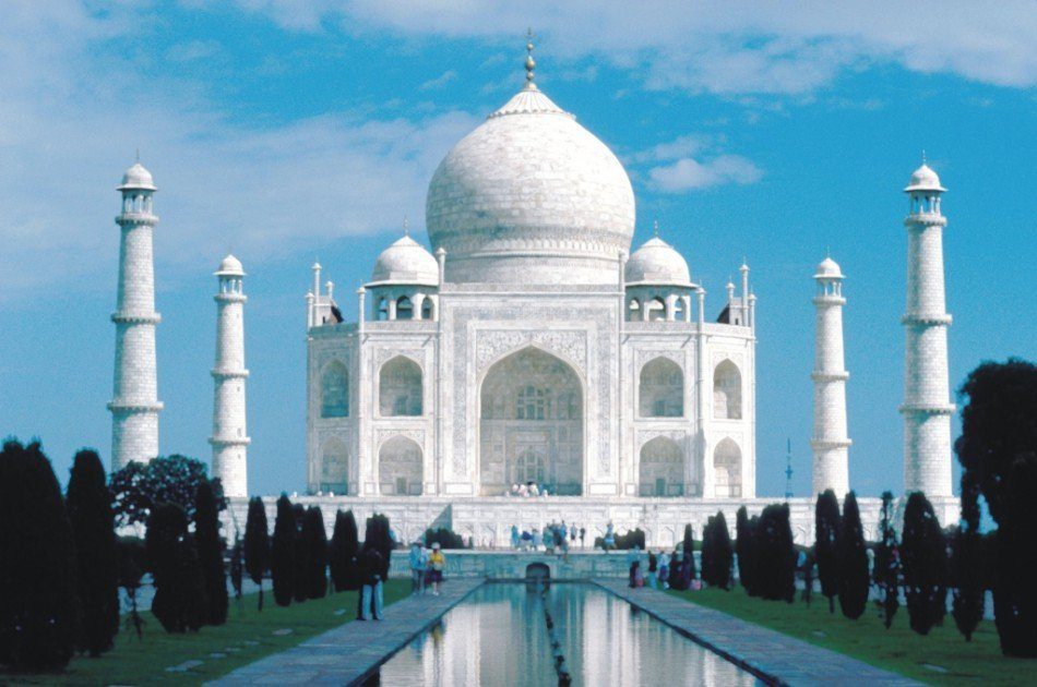 Taj Mahal Day Trip by Private Car from Delhi