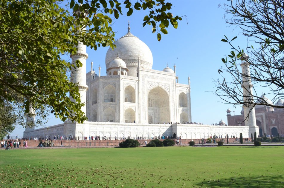 Taj Mahal Private Tour By Train from Dehli