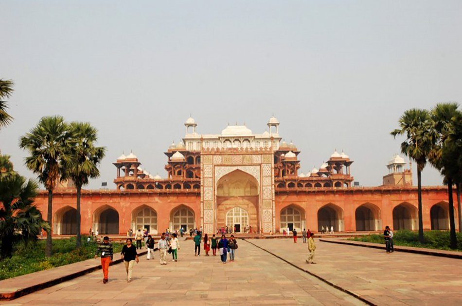 Taj Mahal Private Tour from Delhi Same Day