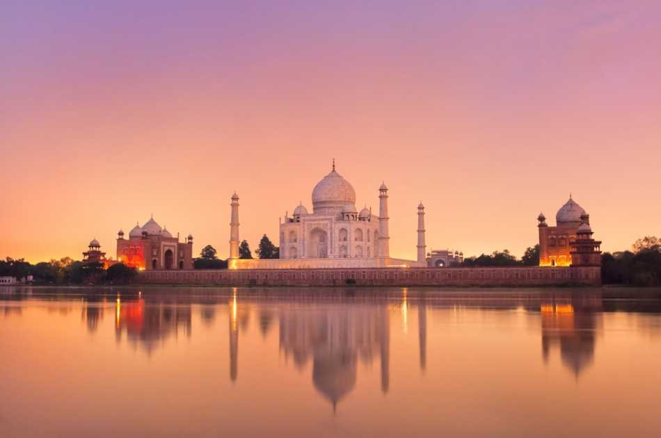 Taj Mahal Sunrise and Sunset Private Tour From Delhi