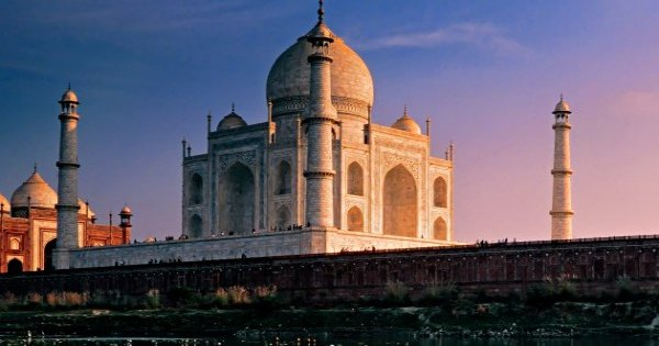 The Golden Triangle Group Tour of India (Delhi, Agra, Jaipur)