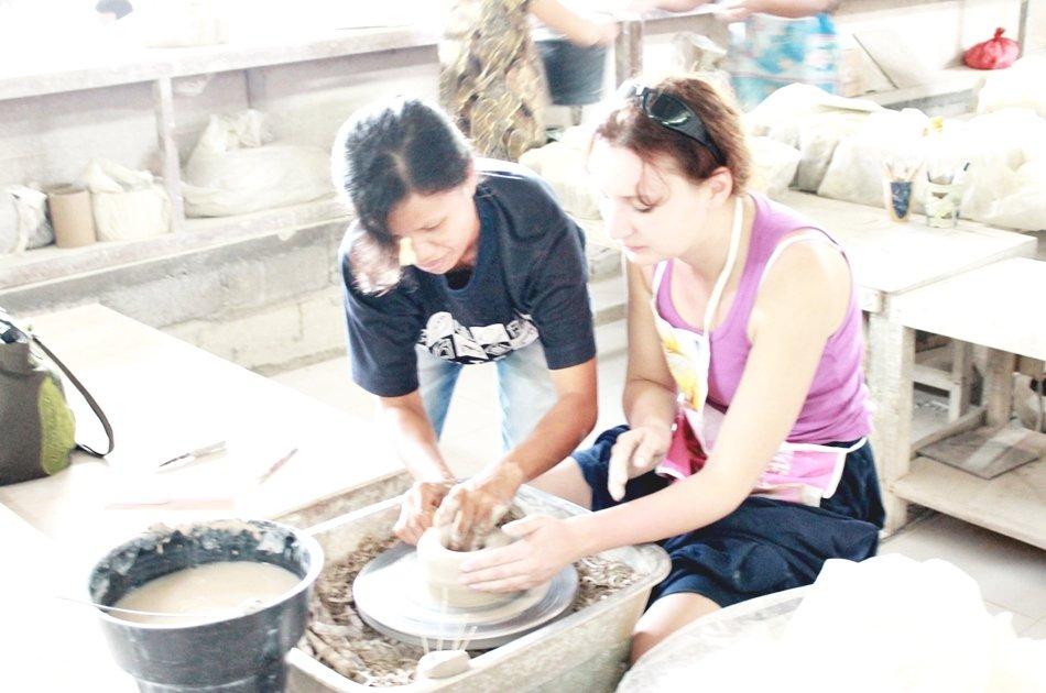 Bali Ceramics Class & Tanah Lot Sunset Private Tour