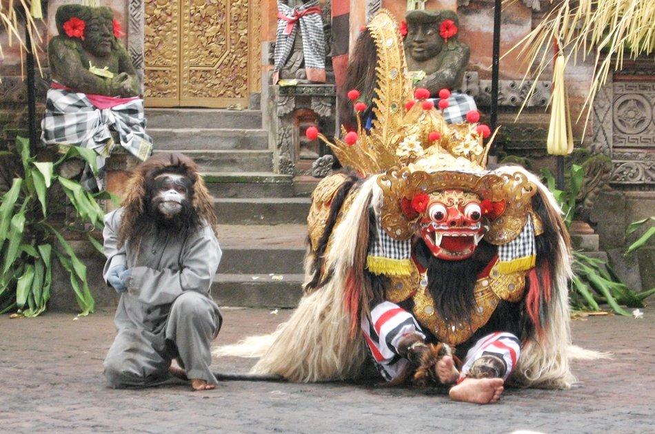 Bali's Mount Batur, Barong Dance, & Penglipuran Village Tour