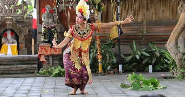 Barong and Trance Keris Dance Show & Tour