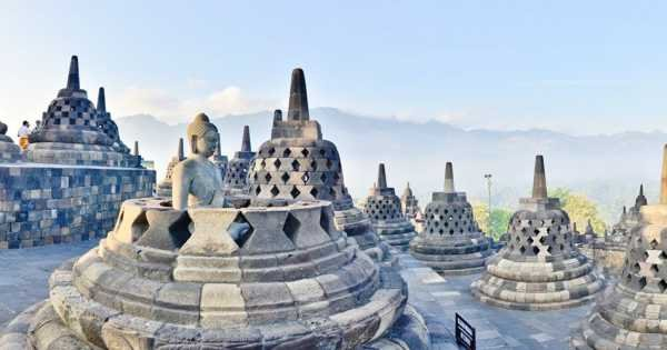 Borobudur Sunrise Private Tour from Yogyakarta